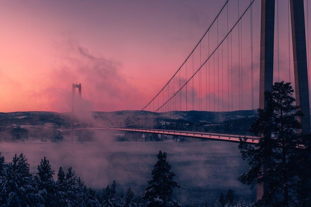 Piękny most w Högakusten