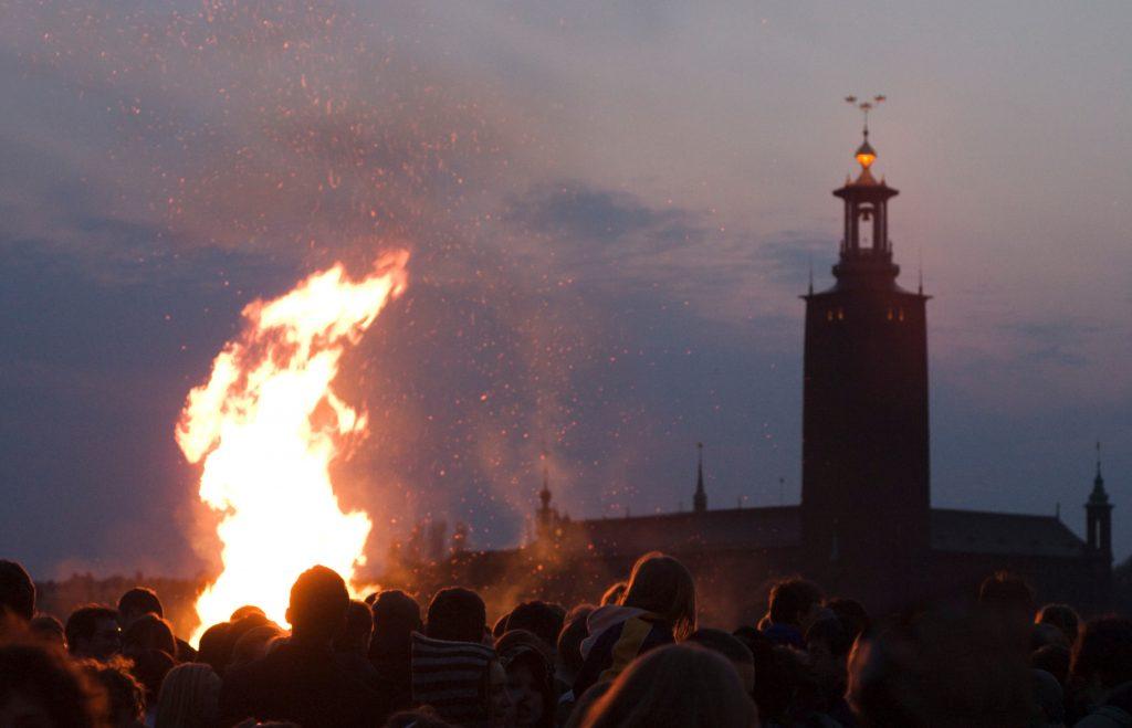 Podczas obchodów Nocy Walpurgii palone sa ogniska